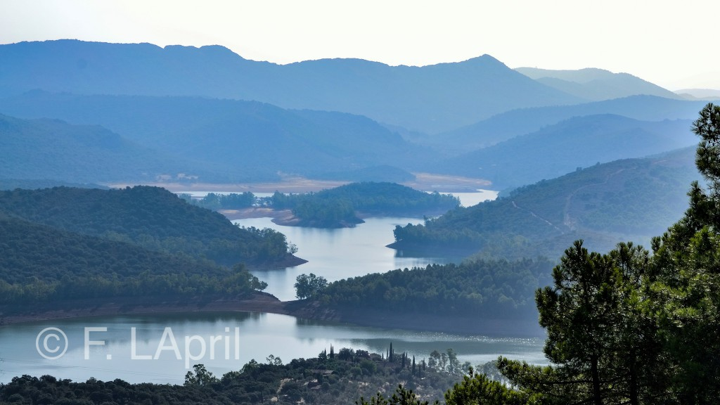Serranías y embalses para pasear - Mountains and lakes for walking